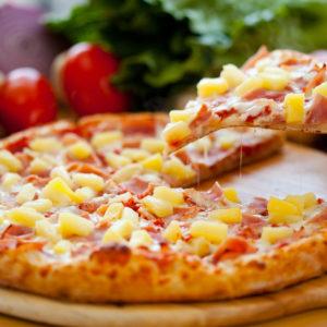 Ham, pineapple, tomato sauce, mozzarella cheese